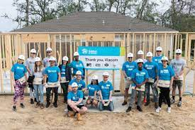 A great team of volunteers from Verizon